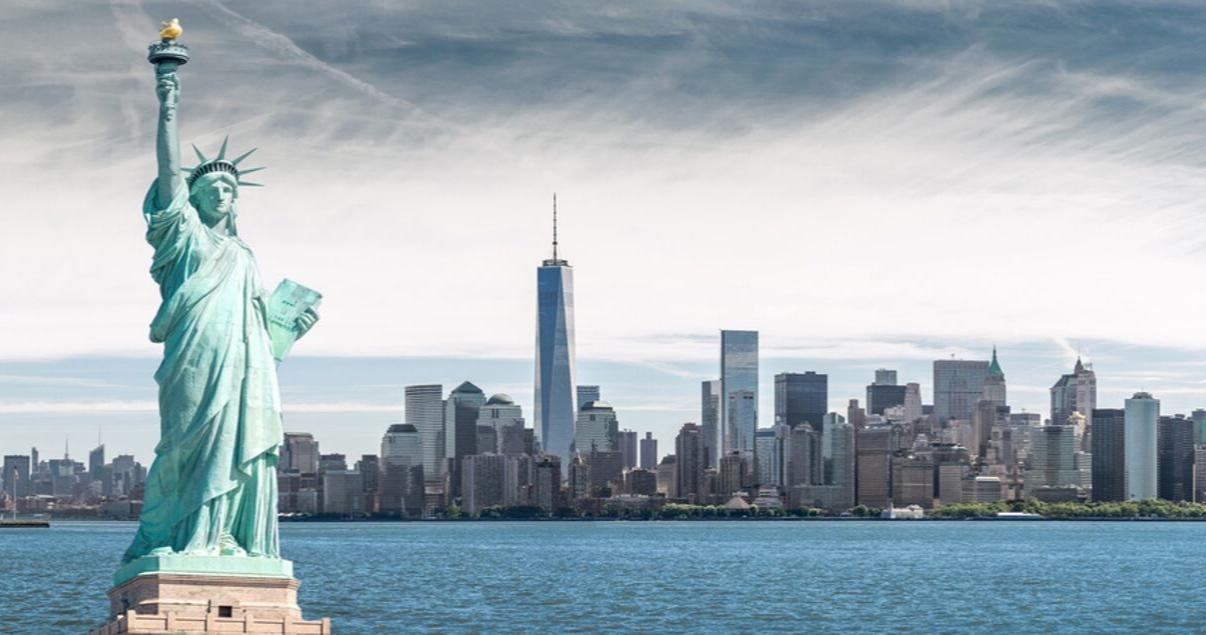 La estatua de la libertad en Nueva York, Estados Unidos. Uno de los mejores lugares para estudiar inglés en el extranjero.